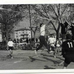 1965-04-08 01