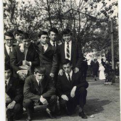 1965-04-25